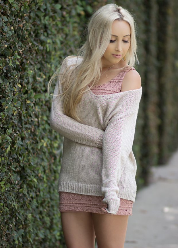 Bodycon Dress & a Loose Sweater || Styledbyblondie.com