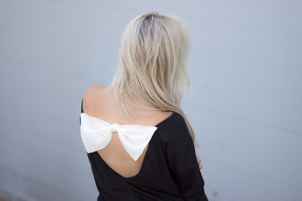 Backless Bow Sweater | Styledbyblondie.com