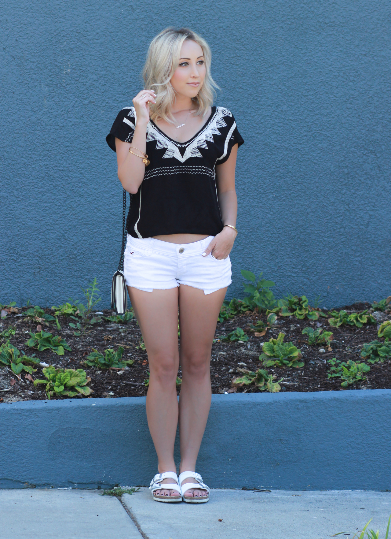 Simple Summer Outfit | StyledbyBlondie.com