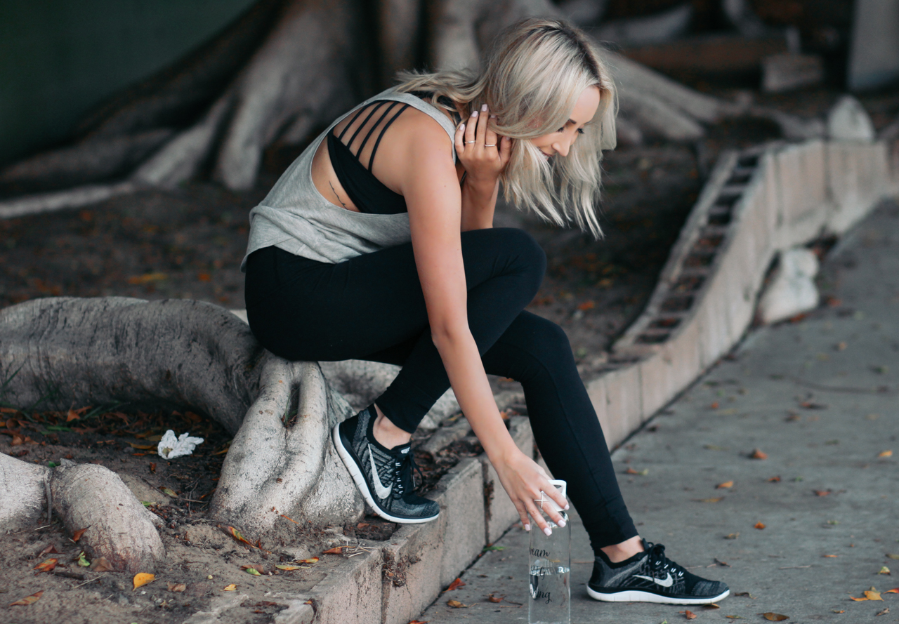 lululemon Sports Bra, Leggings, Tank Top | StyledByBlondie.com