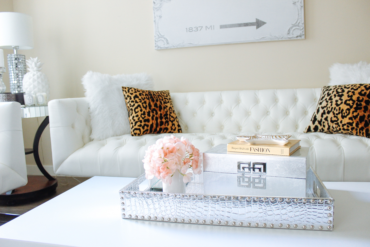 6 Ways To Style A Coffee Table