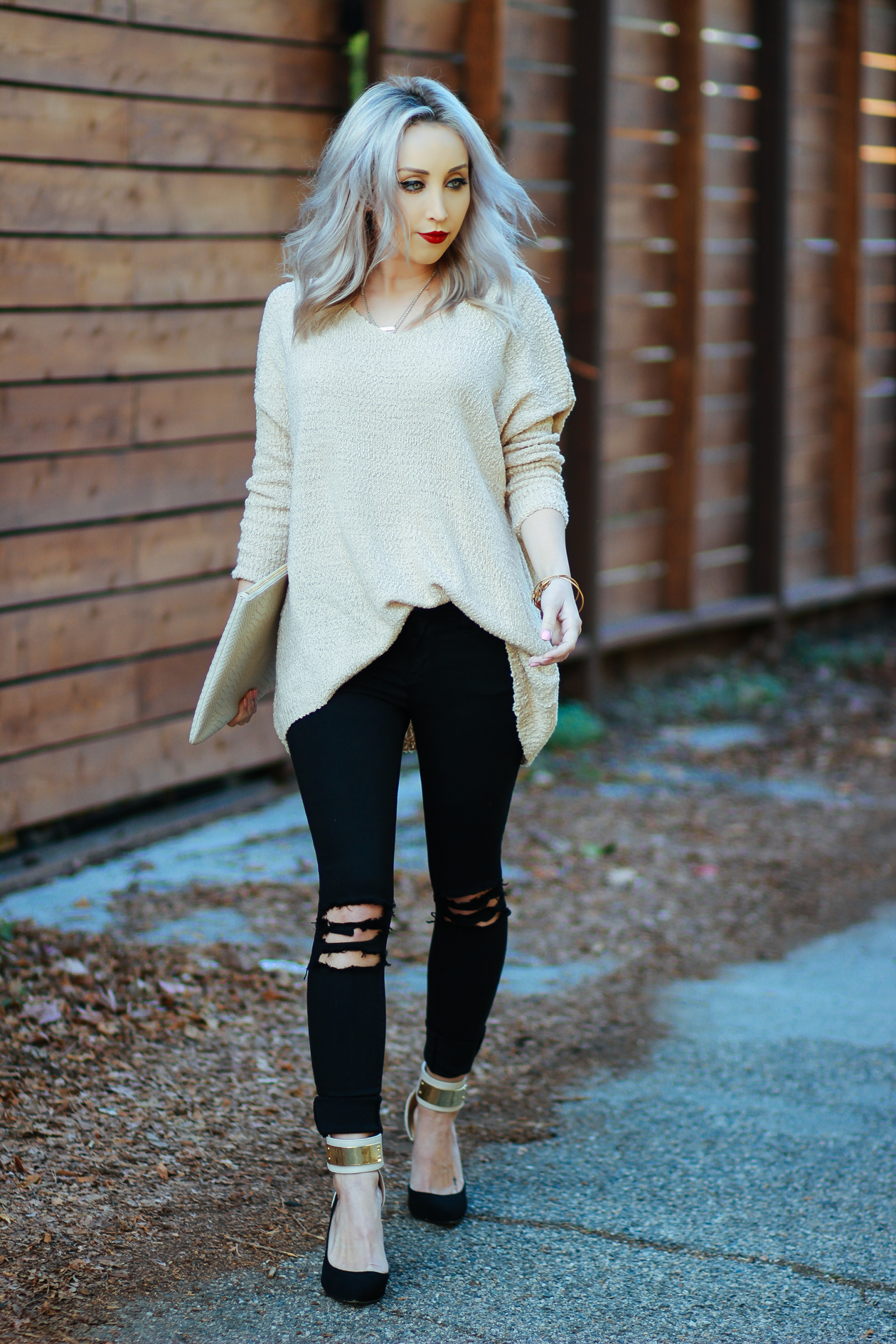 Pullover Sweater | BlondieintheCity.com
