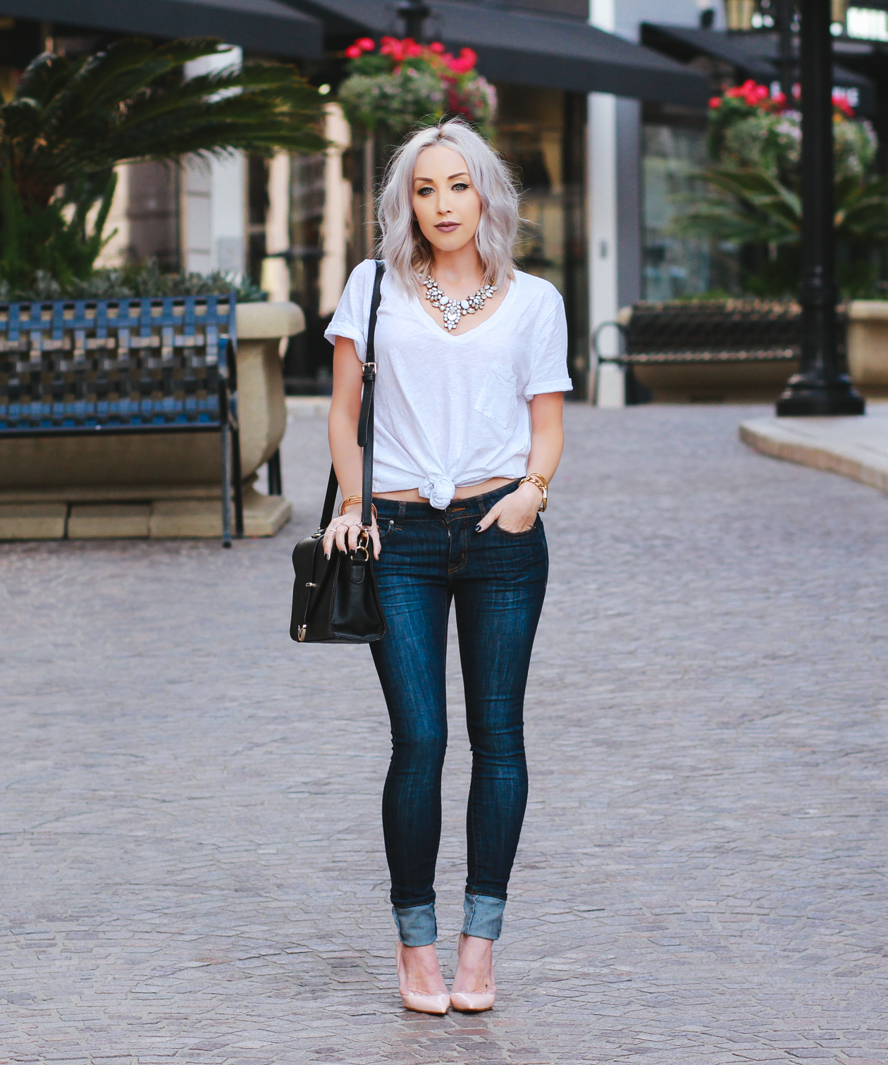 Jeans & a simple white tee on Rodeo Drive | BlondieintheCity.com