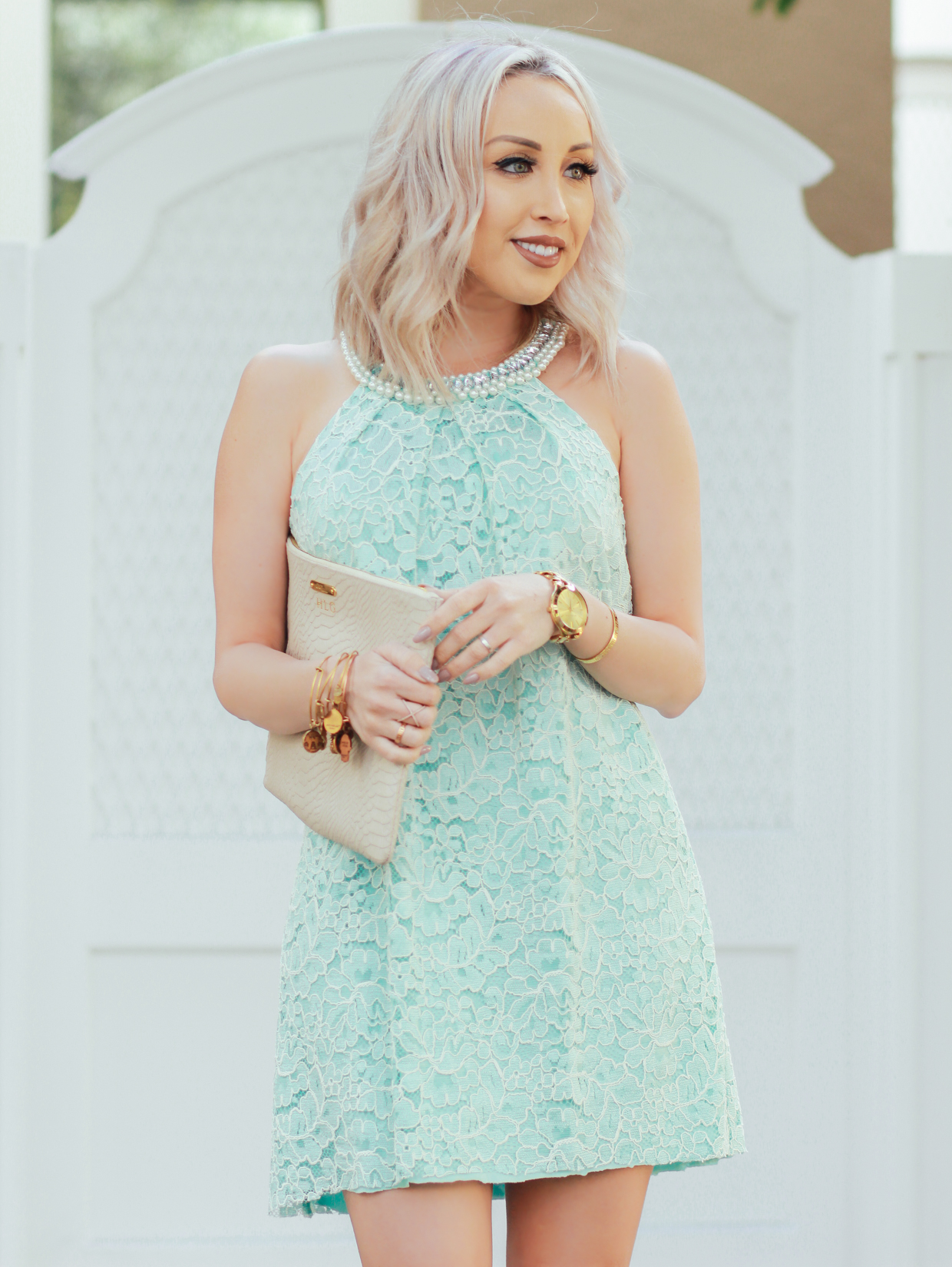 Blondie in the City | Elegant Mint Lace Dress by @maggylondon | Breakfast At Tiffany's Inspired