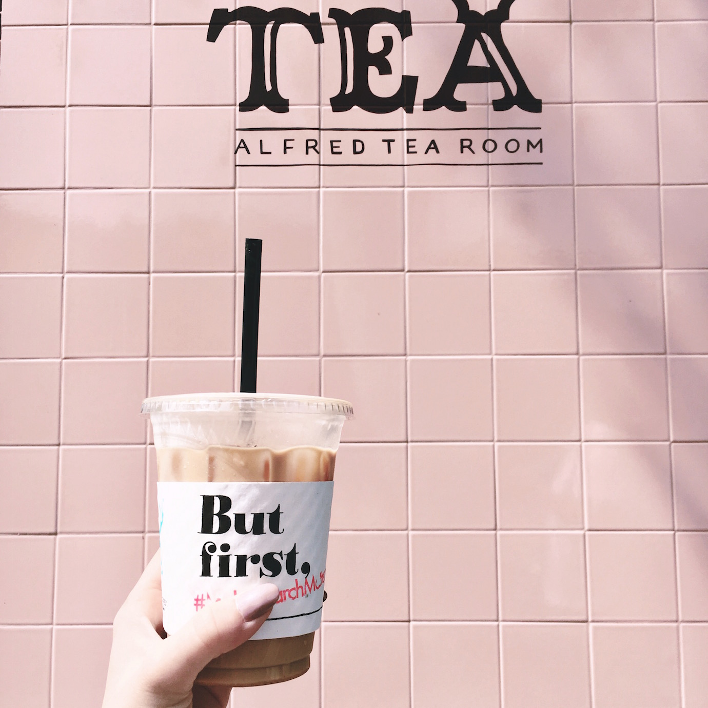 Blondie in the City | Instagram @HayleyLarue | Alfred Tea Room