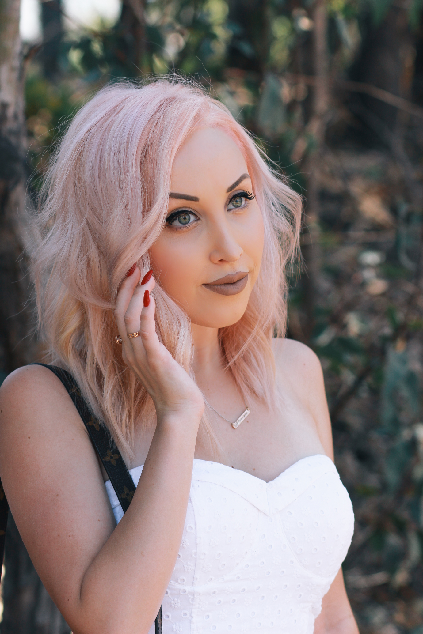 Blondie in the City   My experience getting my eyebrows microbladed   Pastel pink hair   Semi-Permanent Eyebrows
