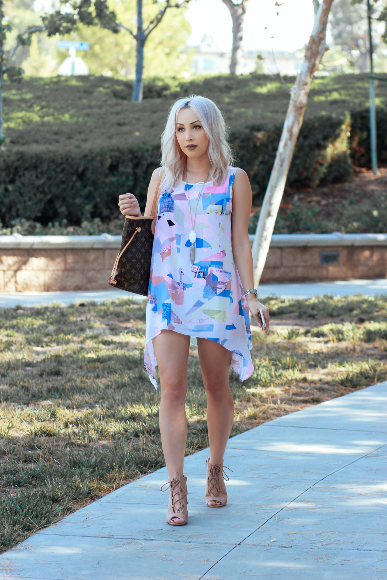 Blondie in the City | Vince Camuto Geometric Dress | Louis Vuitton Neverfull MM