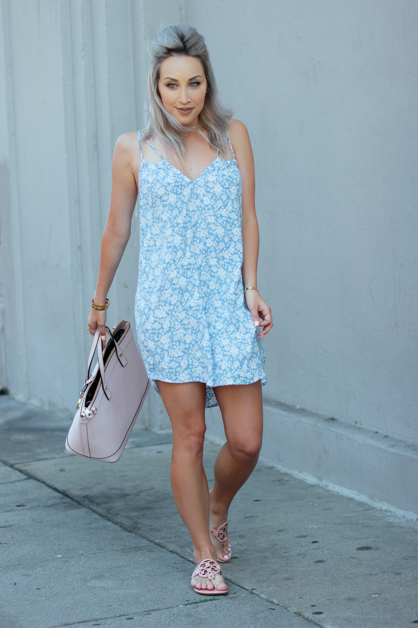 Blondie in the City | Airy Blue Summer Dress | Clay Pink Tory Burch Sandals | Pink Henri Bendel Bag