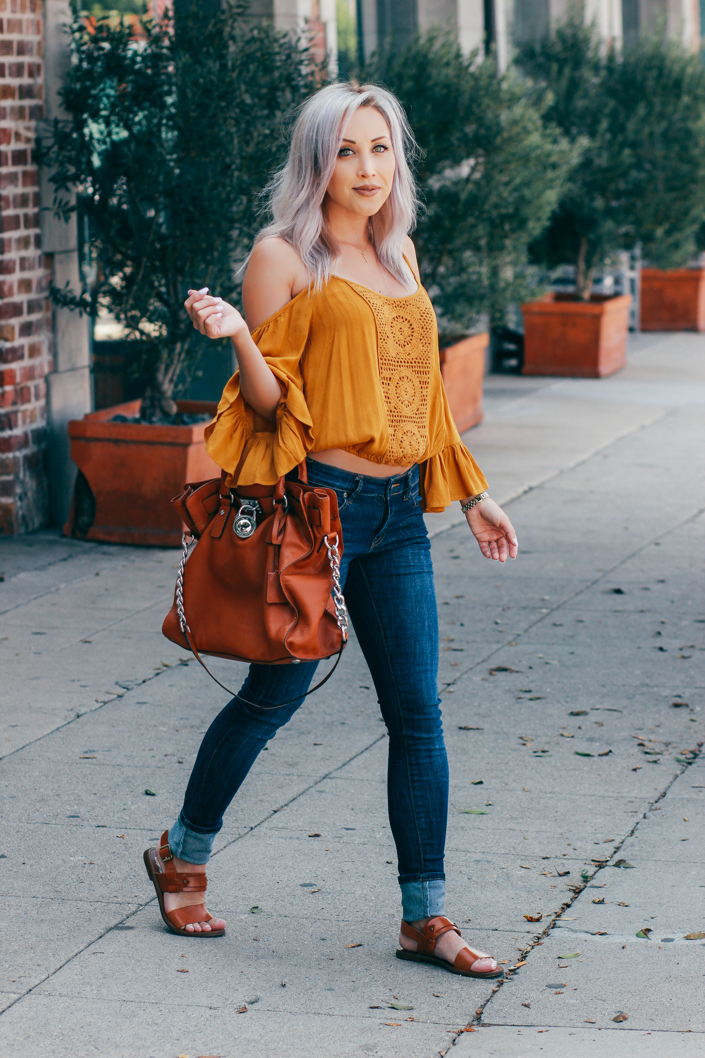 Blondie in the City | Off The Shoulder Top @Forever21 | Michael Kors Bag | Street Style | Outfits For Fall | Fall Wardrobe