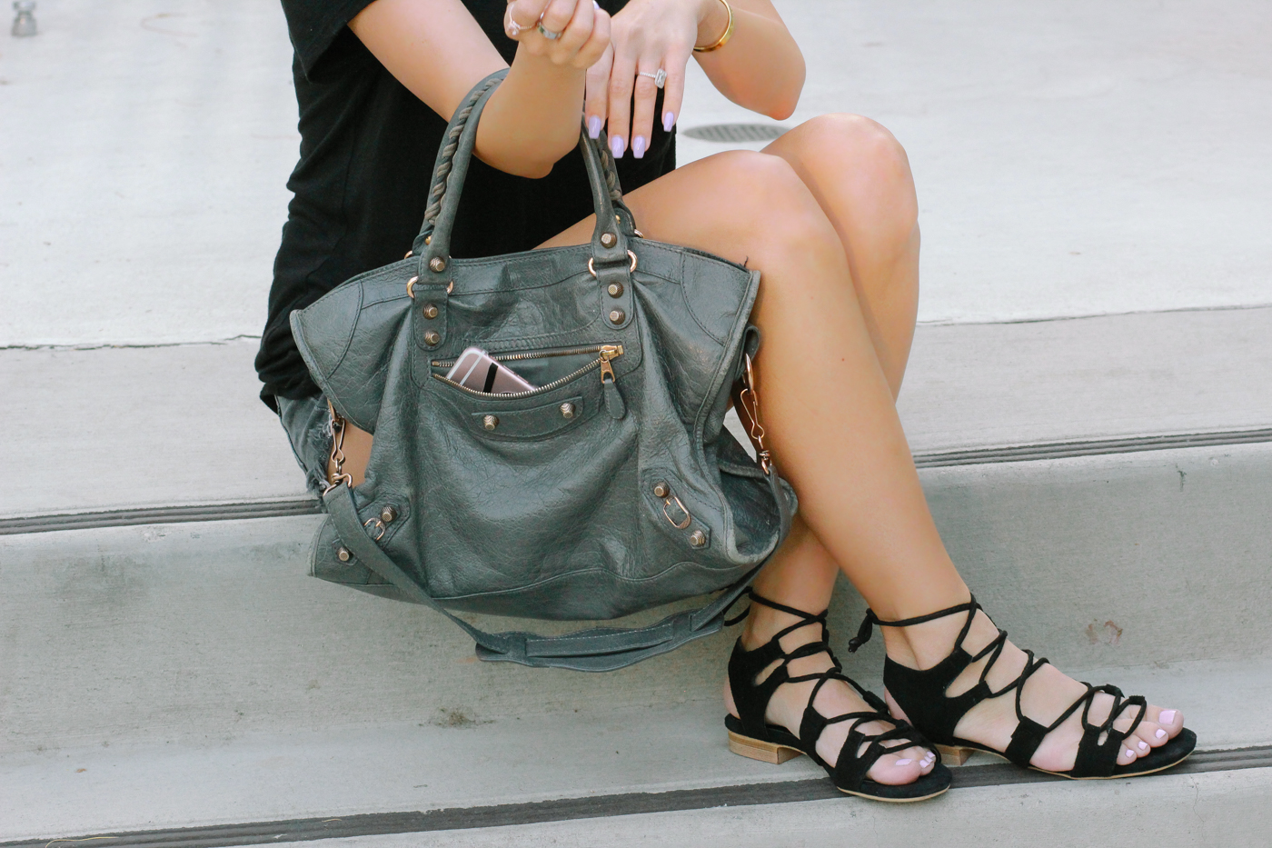 Blondie in the City | Street Style | Grey Balenciaga Bag | Avoce Lace Up Flats