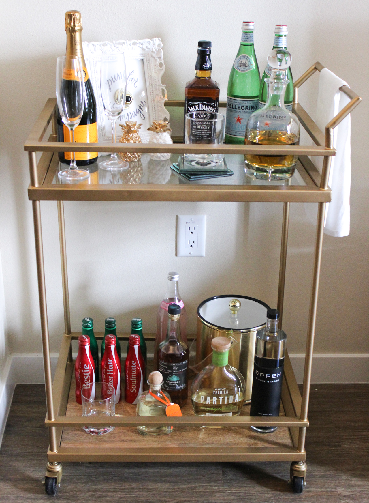 How to Style Your Bar Cart